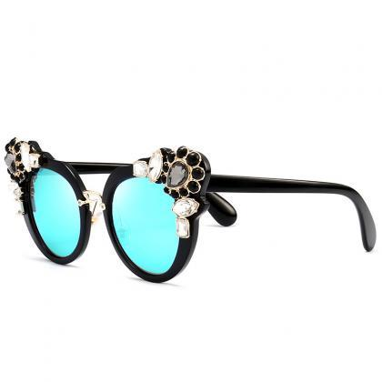 High Quality Cute Designer Sunglass..