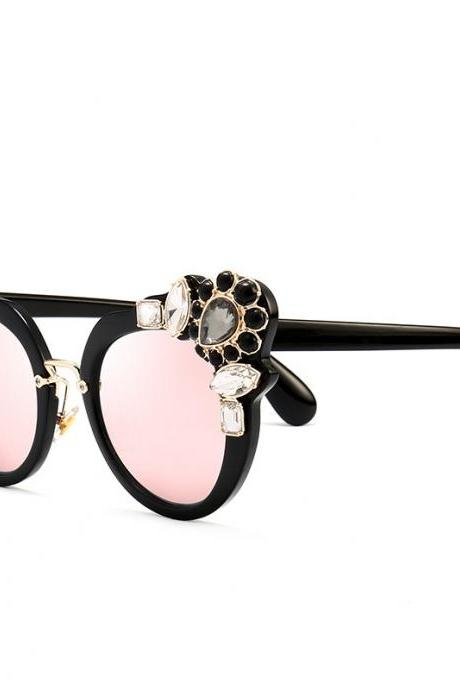 High Quality Cute Designer Sunglasses For Women - Light Pink