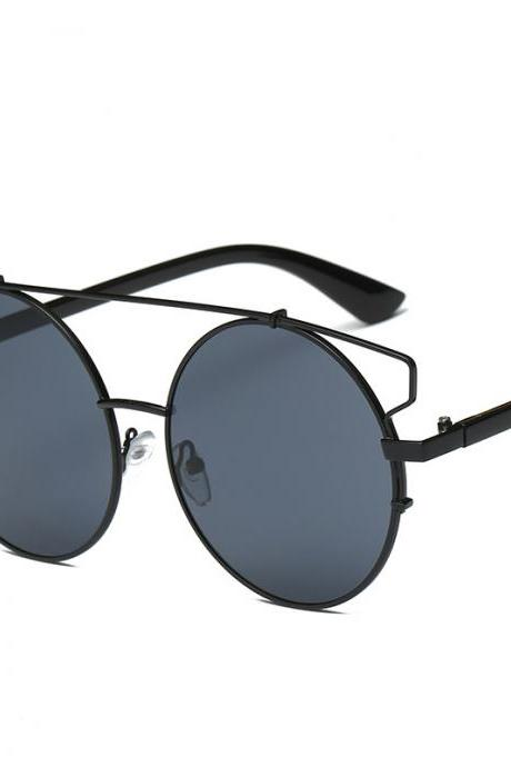 Free Shipping Fashion And High Quality Designer Sunglasses For Women - Black&Grey