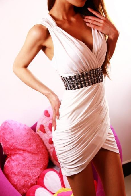 Sexy V Neck Sleeveless Wrap Dress With Sequins - White