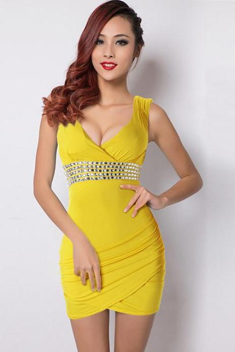 Sexy V Neck Sleeveless Wrap Dress With Sequins - Yellow